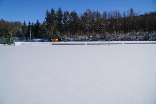 Stadion im Schnee